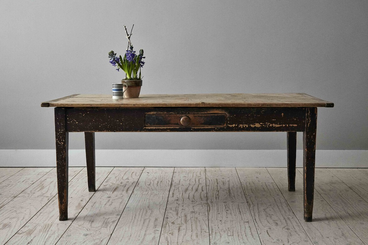 atable325 french pine table