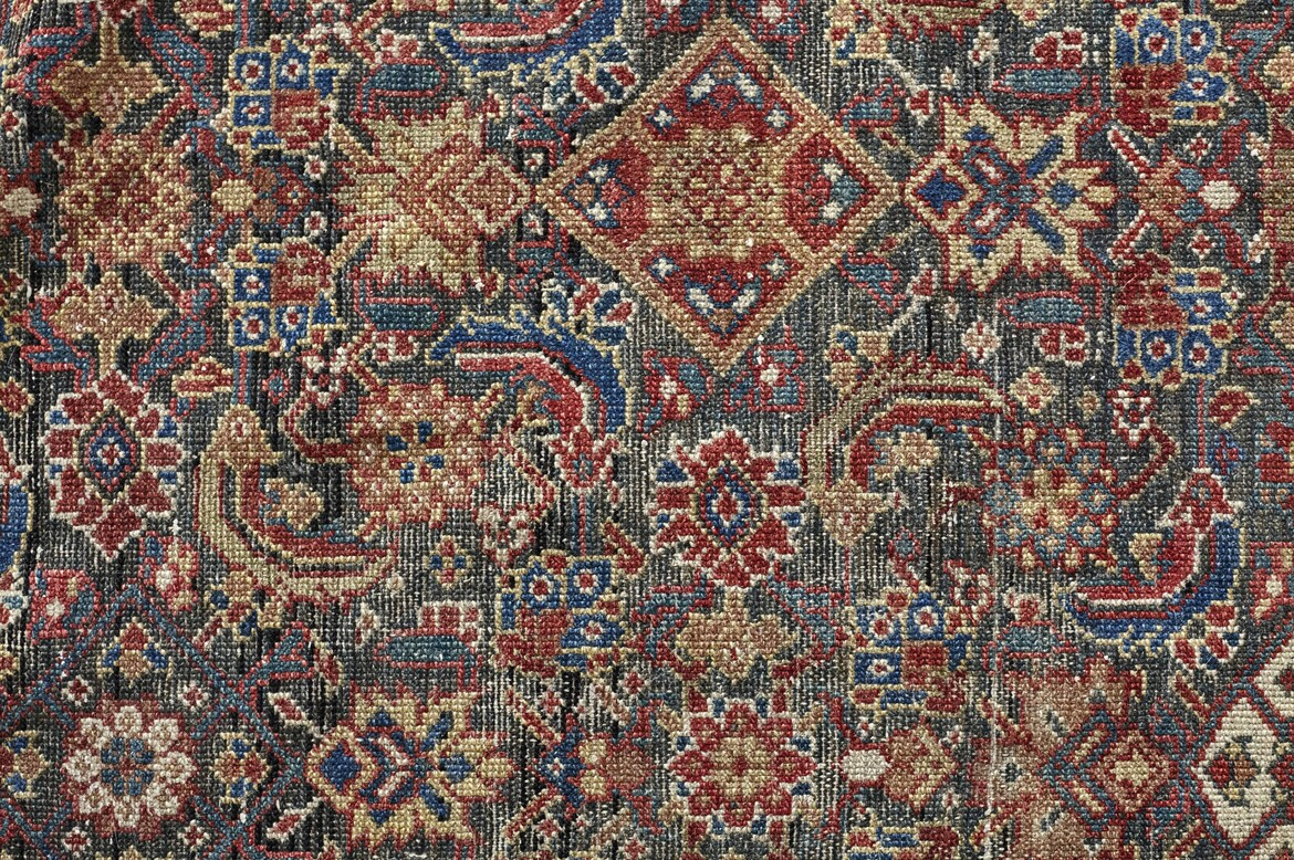 acarpet117 a north west persian small carpet circa 1920